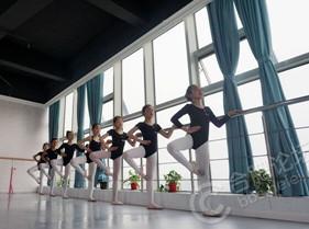培蕾99元芭蕾/爵士暑期班等你来报名