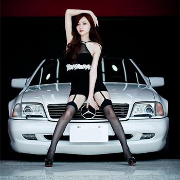 模特小立与经典奔驰SL60