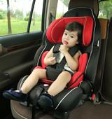 错误使用儿童安全座椅比不用更危险