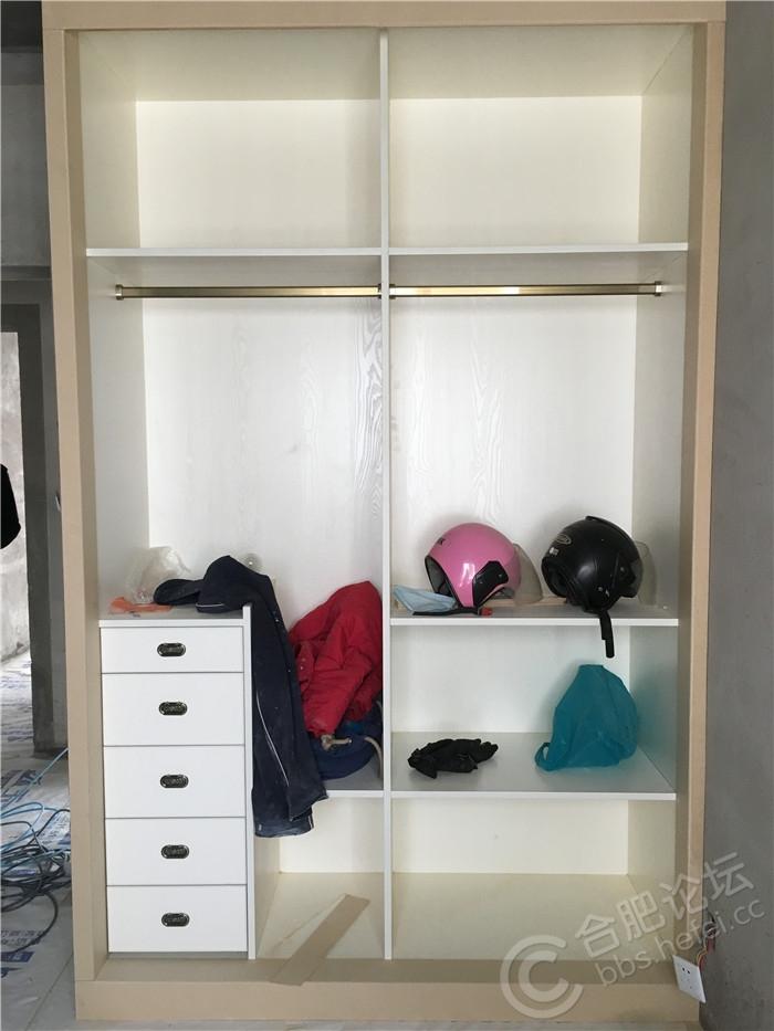 次卧衣柜.JPG