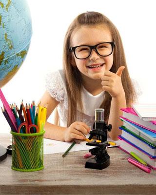 美国小学免除作业引争议 家长专家各执己见
