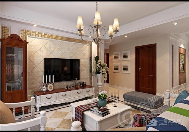 电视背景墙利用方形大理石斜铺上墙加马赛克的装饰