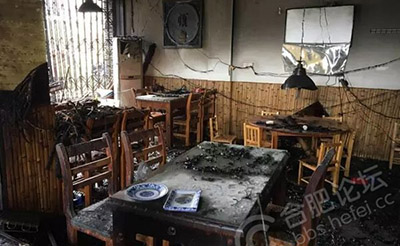【恐怖】金潜路口一饭店起火爆炸,店员受伤